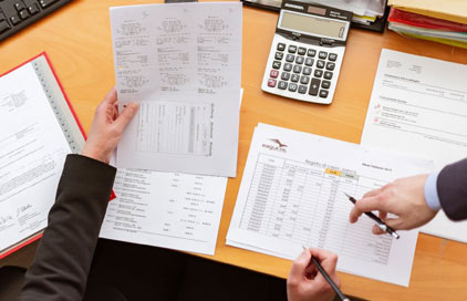 How is a settlement calculated for workers compensation?